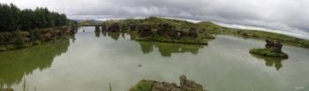 PANORAMICA DE HOFDI –  NORD D'ISLANDIA   – VOLTANS DEL LLAC MYVATN