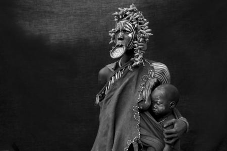 MATERNIDADES, Africa Espiritual