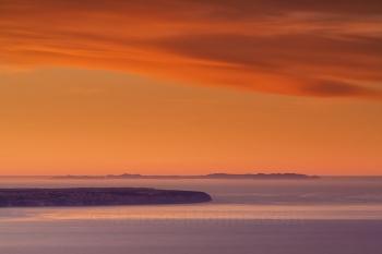Cap Blanc y archipiélago de Cabrera al amanecer, Mallorca