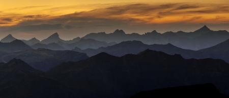 Panorámica hacia el Pirineo navarro desde Arnousse