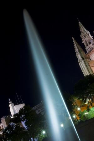 Fuente iluminada | 2009 | Catedral de Palma - Palma de Mallorca, España
