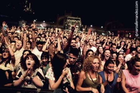Dia de la Musica en Madrid fotografa oficial grupo escenario espectáculo concierto conciertos directo festival banda grupo musical cantante teatro espacio artístico artes escénicas getxo algorta bi