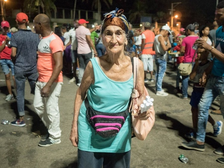 old cuban lady in carnivals