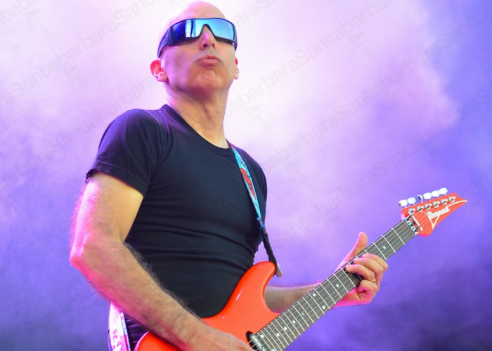 Joe Satriani over Madrid