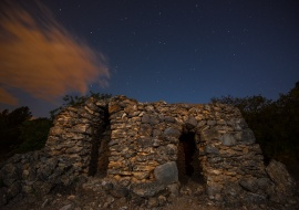 Dry rock cabin. Mont-roig del Camp