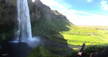 PANORAMICA DEL SALTANT DE SELJALANDSFOSS – SUD D'ISLANDIA