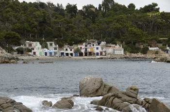 Barraques Cala s'Alguer,  vist des de Cap de Sant Esteve