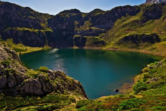 Lago de La Cueva Somiedo - Miguel A. Rodriguez Fernandez