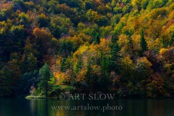 Sinfonía de colores de Otoño- Parque Nacional de los Lagos de Plivitce, Croacia. Edición: 10/10 + 2P/A