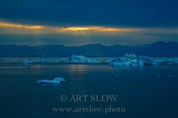 Silencio en el Uno - Ilulisat, Icebergs desprendidos del glaciar Sermeq Kujalleq, Bahía de Disko, Greenland. Edición: 10/10 + 2P/A