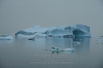 Escultura temporal - Fiordo Ikerasak Ataa Sund, Greenland. Edición: 10/10 + 2P/A