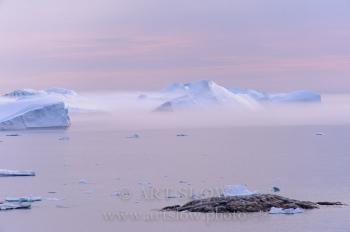 Luces ärticas - Ilulisat, Icebergs desprendidos del glaciar Sermeq Kujalleq, Bahía de Disko, Greenland. Edición: 10/10 + 2P/A