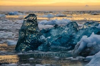 Hielo duro joven- Bahía de Disko, Greenland. Edición: 10/10 + 2P/A