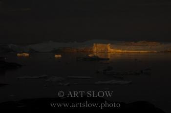 La voz del hielo - Icebergs desprendidos del glaciar Sermeq Kujalleq, Bahía de Disko, Greenland. Edición: 10/10 + 2P/A