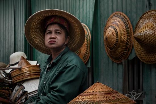 Vendedora de Sombreros, Damnoen Saduak (Tailandia - 2017)