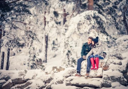 Artesano de la Luz - Sesión de preboda con nieve en Navacerrada