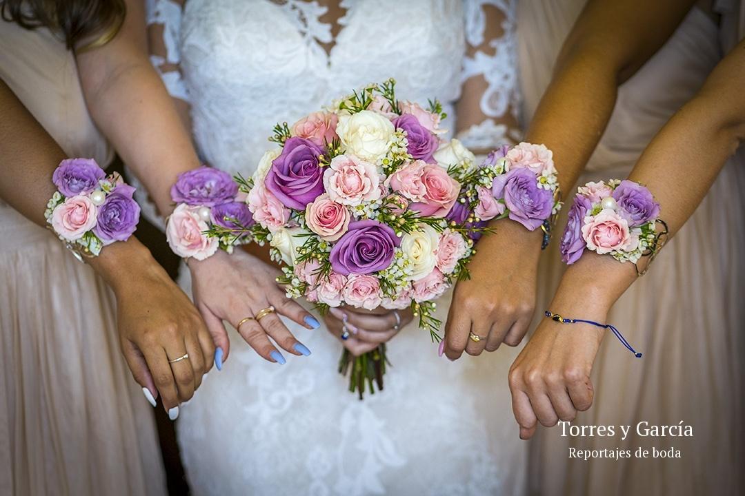 detalles de la boda - Fotografías - Libros y reportajes de boda diferentes.
