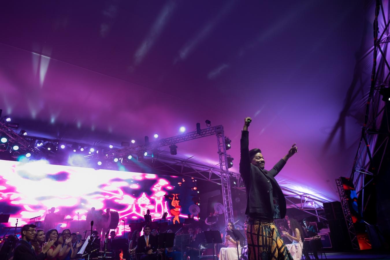 Musicalion - Eduard Serra documental cultura music singer música Panamá