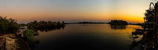 6128-pano Panoramica Atardecer Rio Zambeze .jpeg